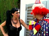 The naughty tricks of the clown